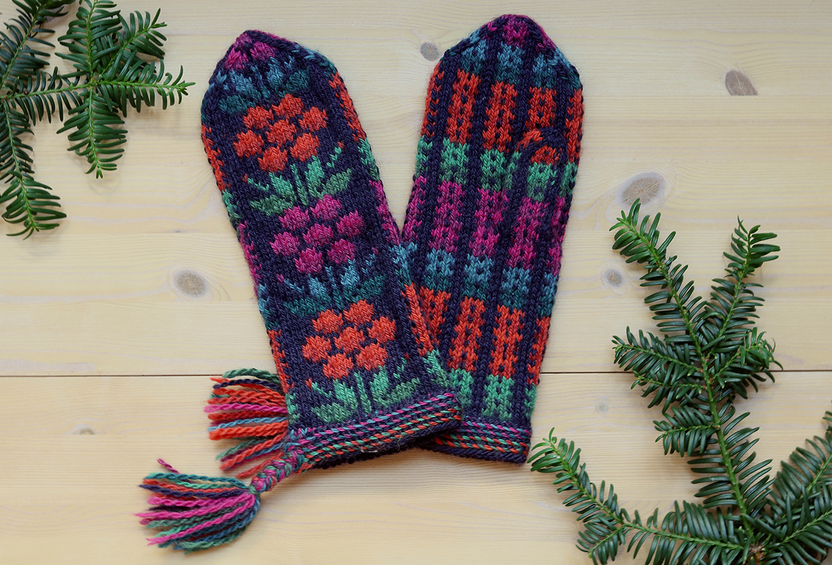 Flowermittens from Finland